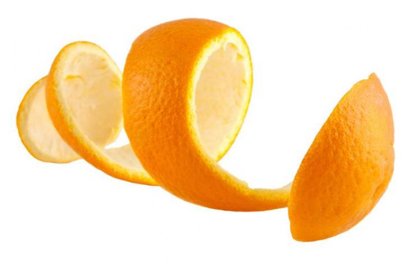 Arancello Liquore di Arancia di Sicilia Mangano, il segreto: gli oli essenziali delle bucce d'arancia